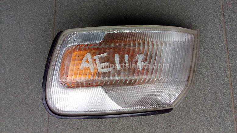 Toyota Corolla AE110 Corner Light | All Parts Lanka